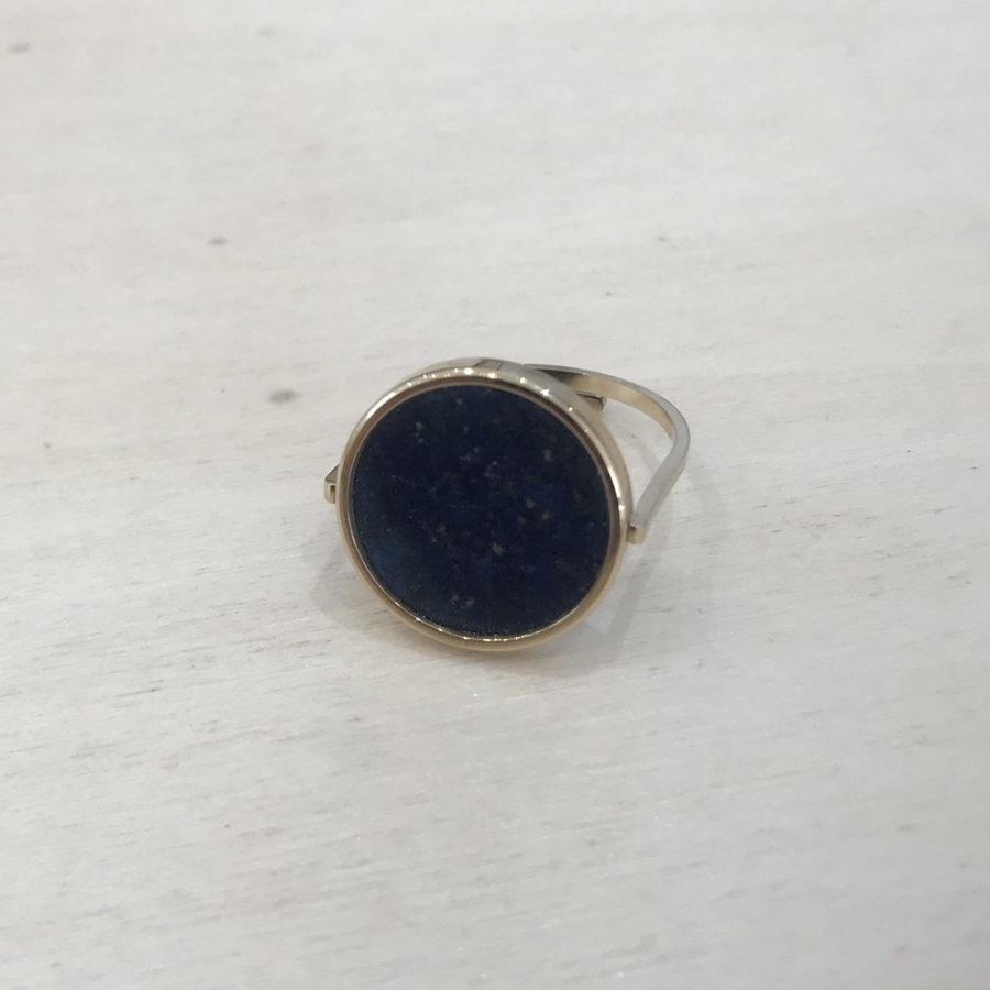bague ronde pierre bleue